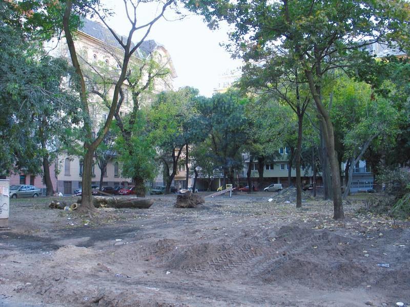 A Ferenc tér a felújítás kezdetén