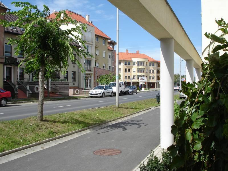 A rehabilitált északi belváros megújult főutcája