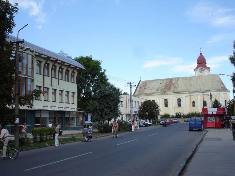 A városfejlesztési stratégia és az akcióterv végrehajtásával épült inkubátor-ház a főutcán