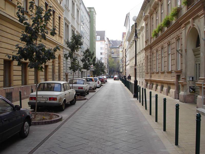 Városfejlesztés könyv 2. kép